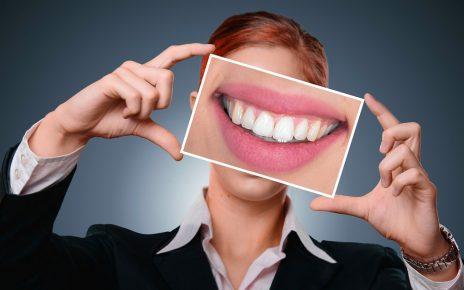 Dents jaunes : comment les traiter ?